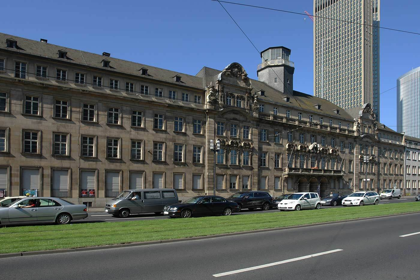 City of Frankfurt is putting pressure on Hesse at the former police department