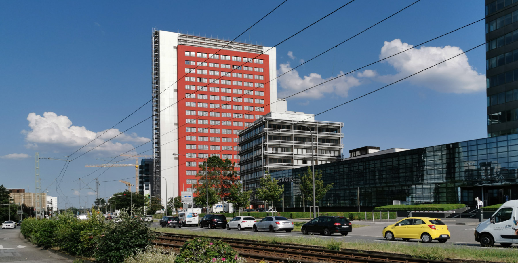 Ruby Tower Frankfurt - affordable apartments in a tall buildings - apartment to rent